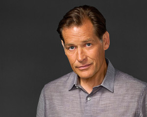 James Remar als Harry Morgan Dexters Vater